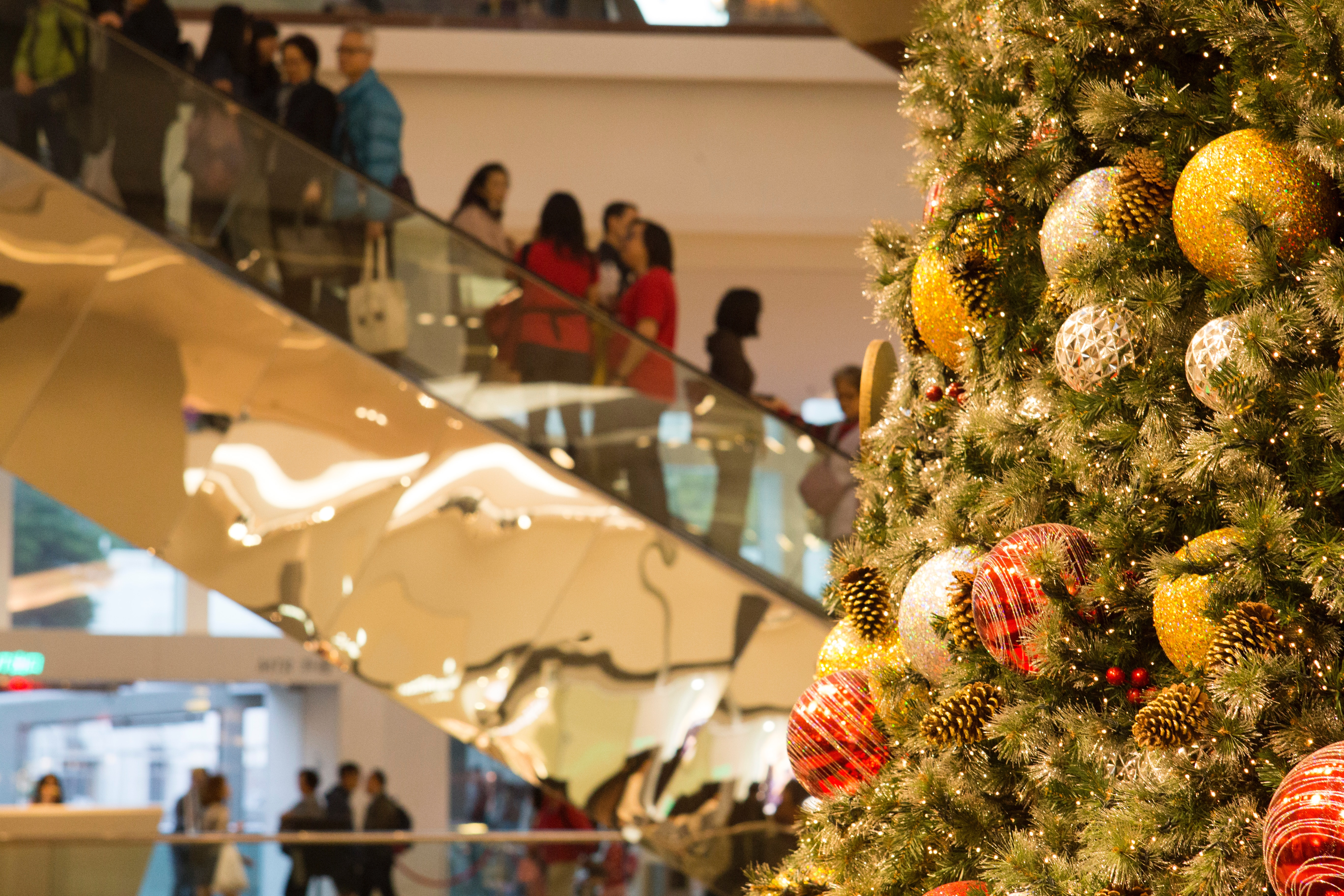4 easy ways to minimize gift-giving stress